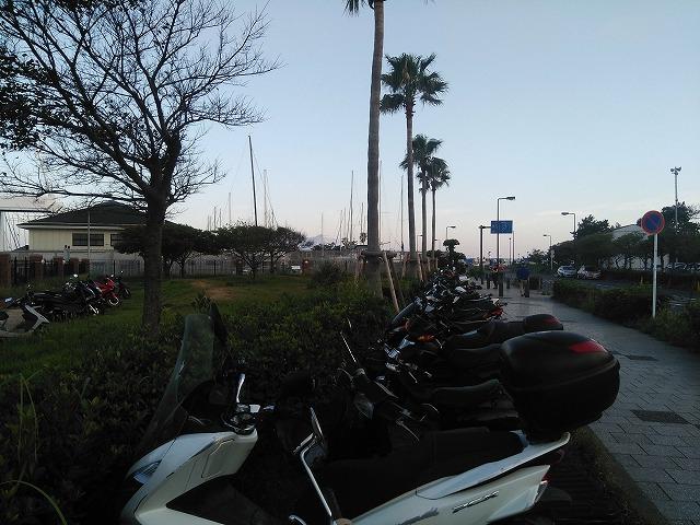 江の島駐輪場