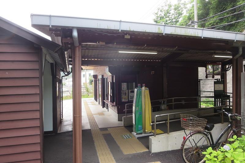 極楽寺駅改札